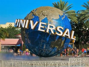 Read more about the article Hotels Near Universal Studios Guide – What Are Some Budget Hotel Options? Should You Book a Package?